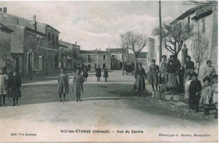 Vic les Etangs-Vue du Centre