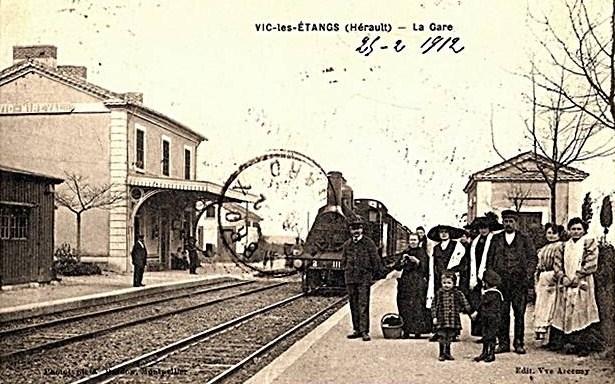 07 - Vic- les étangs, la gare en 1912